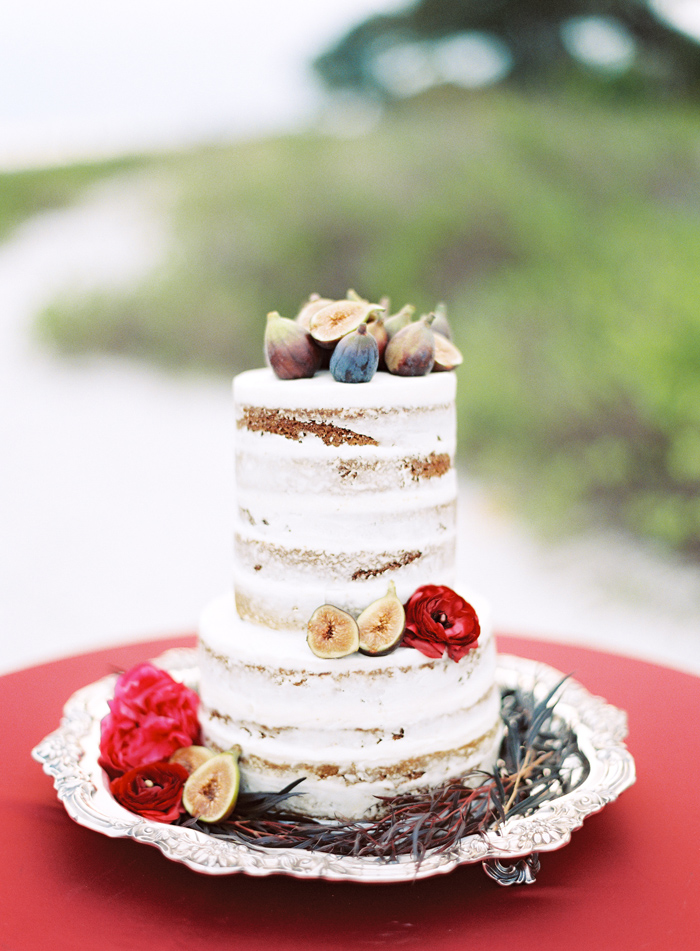 holiday-tuscan-fig-inspired-beach-wedding-cody-hunter-photography-13