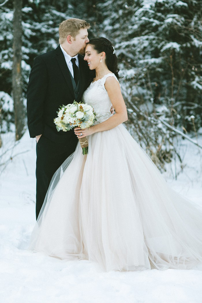 winter-canada-wedding-8