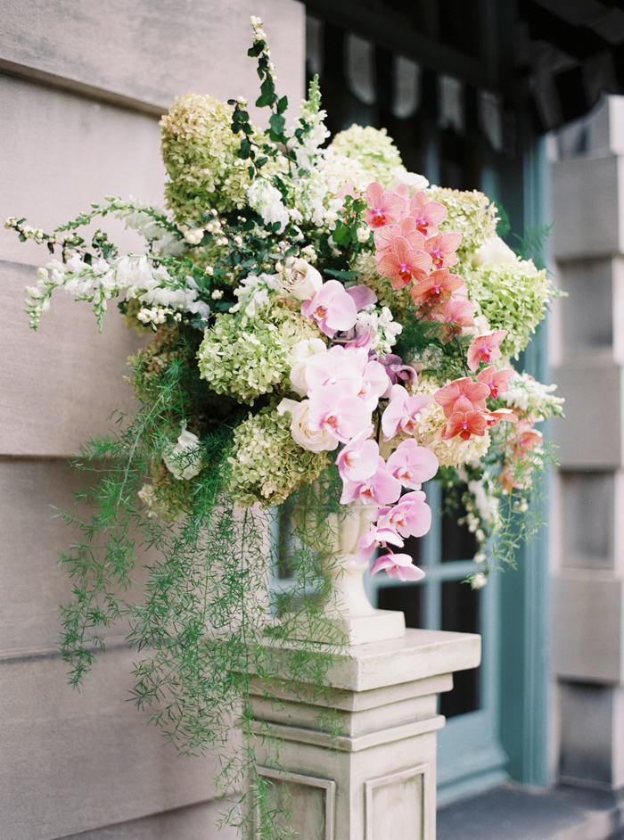 anderson-house-washington-dc-wedding-inspiration-amelia_johnson_photography_with_kelley_cannon-10
