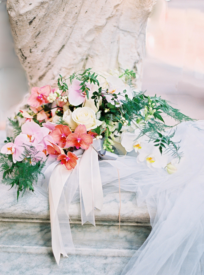 anderson-house-washington-dc-wedding-inspiration-amelia_johnson_photography_with_kelley_cannon-3