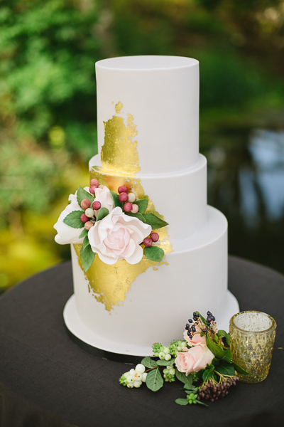 irish-purple-mustard-yellow-grey-fall-spring-wedding-inspiration-16