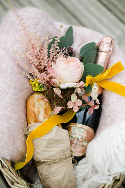 irish-purple-mustard-yellow-grey-fall-spring-wedding-inspiration-8