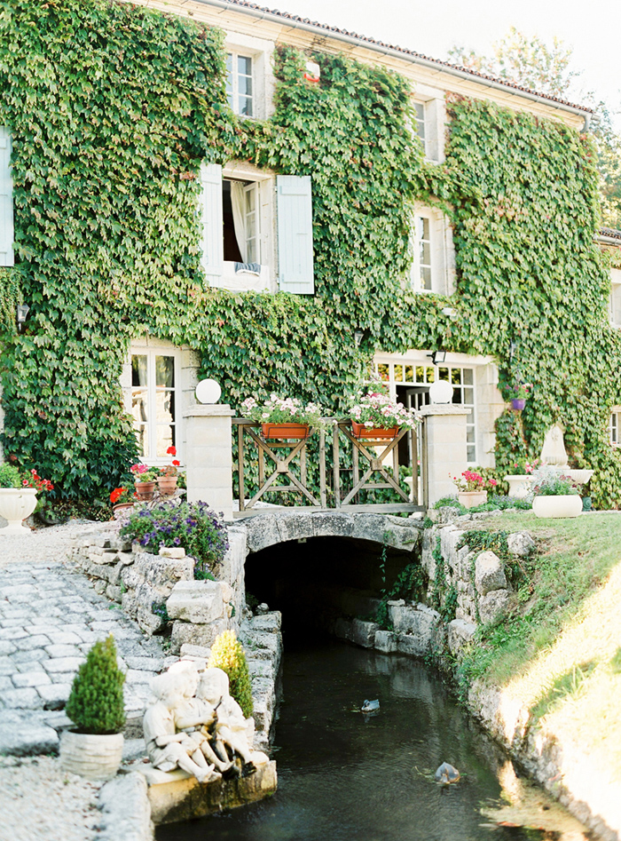 la-petit-moulin-france-destination-wedding-7