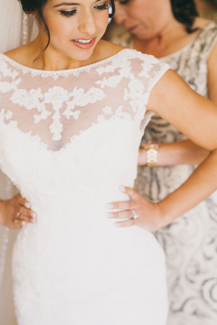 santa-maria-country-club-white-gold-wedding-sequin-bridesmaids-5