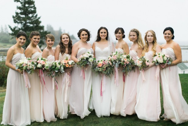 newagen-seaside-inn-wedding-photos-maine-venues-blush-pink-glam-ideas-Jenn_Ethan-hello-love-photography-1
