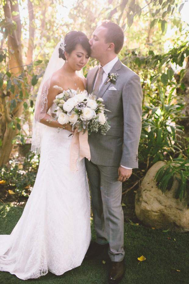 hartley-botanica-rustic-romance-grey-wedding-by-Anna-Delores_14