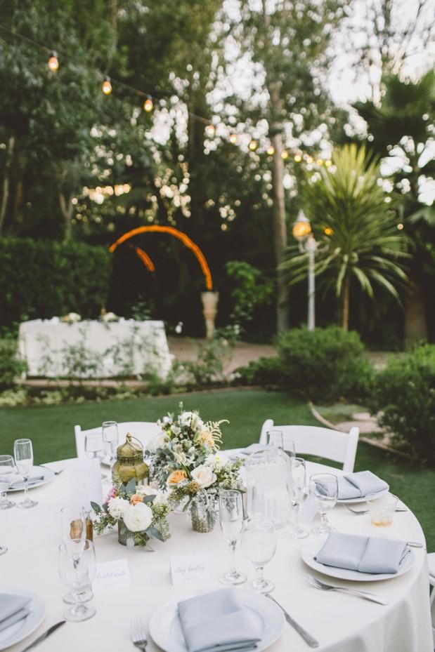 hartley-botanica-rustic-romance-grey-wedding-by-Anna-Delores_17