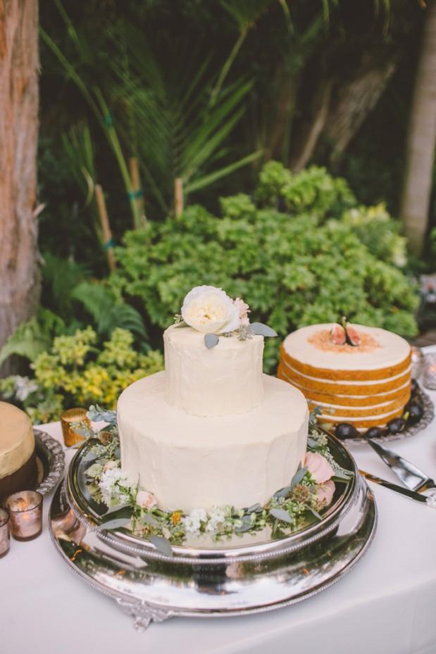 hartley-botanica-rustic-romance-grey-wedding-by-Anna-Delores_20