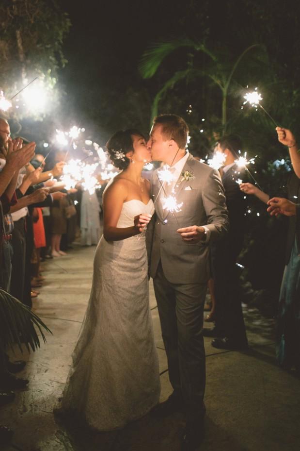 hartley-botanica-rustic-romance-grey-wedding-by-Anna-Delores_22