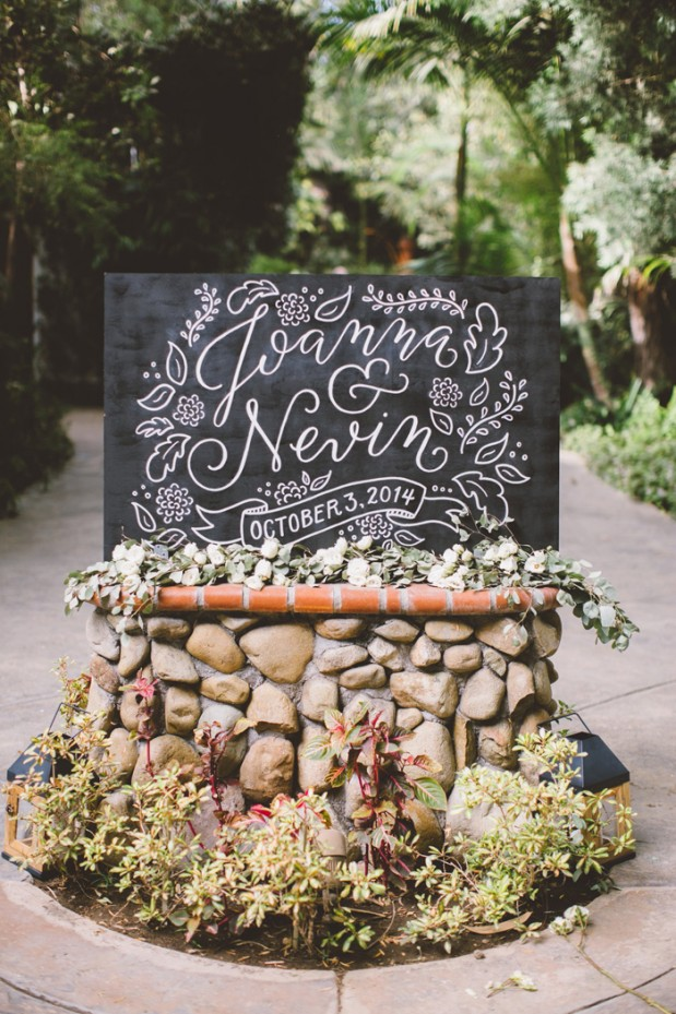 hartley-botanica-rustic-romance-grey-wedding-by-Anna-Delores_7