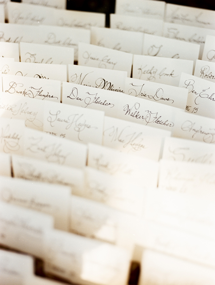 iowa-estate-wedding-antique-details-decor_0007