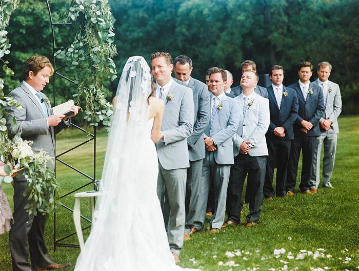 iowa-estate-wedding-antique-details-decor_0019