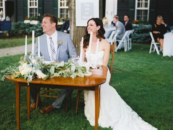 iowa-estate-wedding-antique-details-decor_0035
