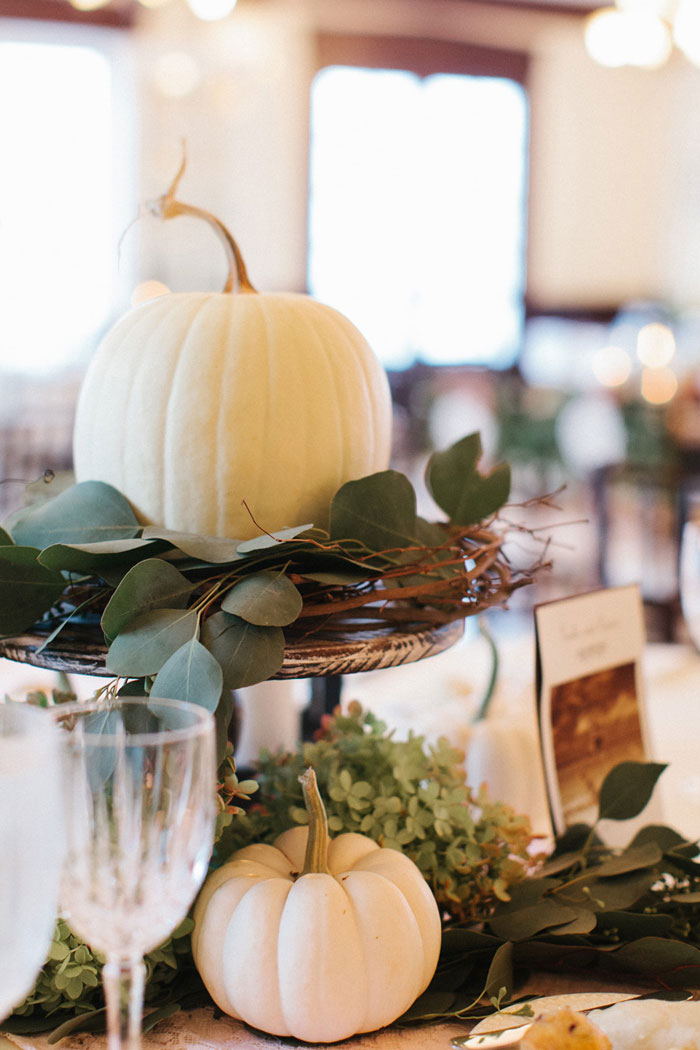 main-east-coast-fall-wedding-decor_23