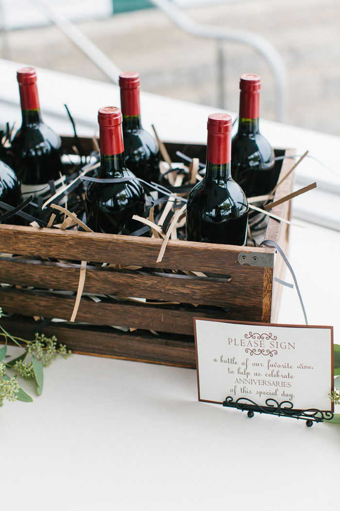 main-east-coast-fall-wedding-decor_26