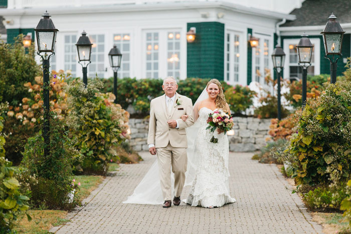 main-east-coast-fall-wedding-decor_28