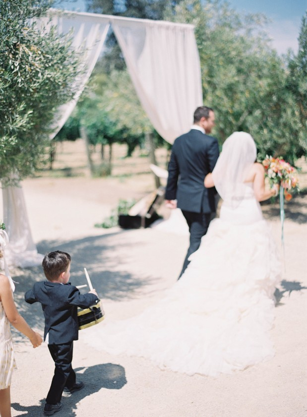summer-bryan-grey-likes-blogger-sunstone-winery-wedding-santa-ynez-green-coral-64