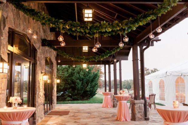 the-sewanee-inn-wedding-peach-mint-10