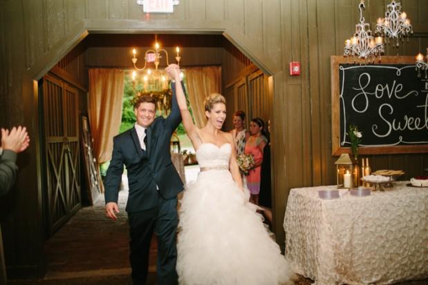 vinewood-plantation-georgia-barn-rustic-vintage-glam-wedding-16
