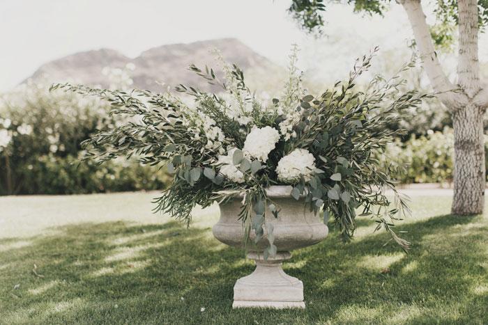 arizona-desert-classic-romance-wedding-decor_0029