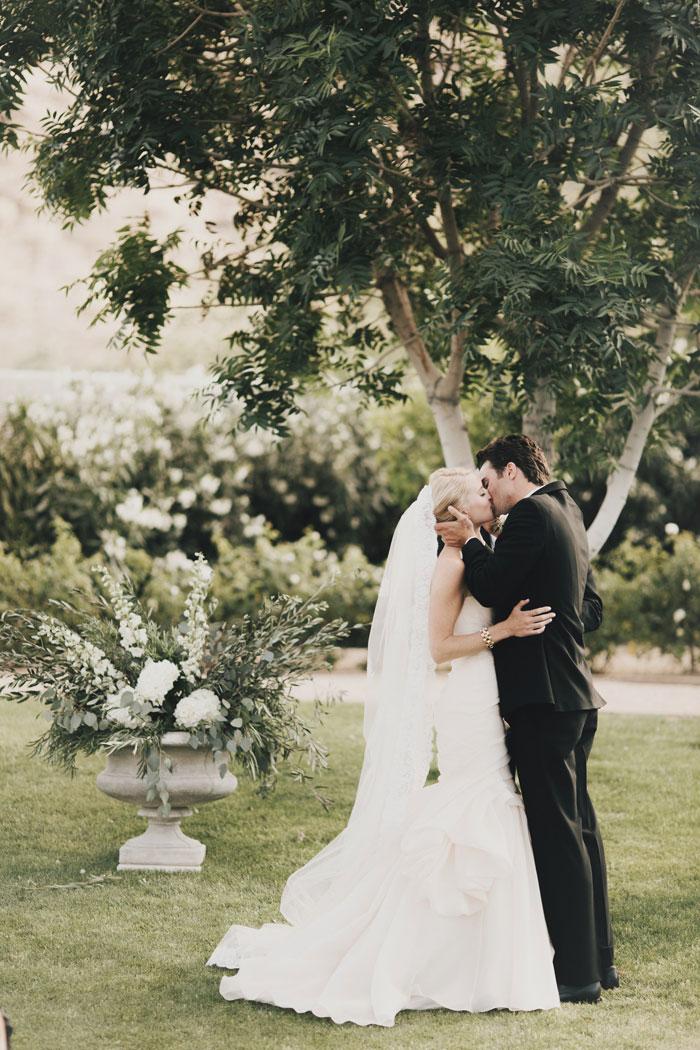 arizona-desert-classic-romance-wedding-decor_0031