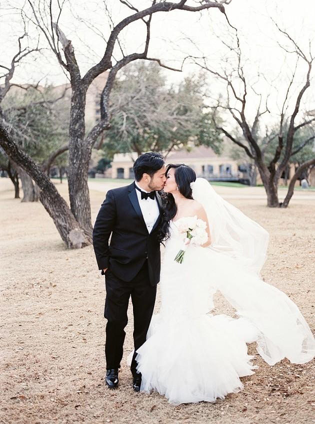 four-seasons-las-colinas-blush-glam-korean-wedding-11