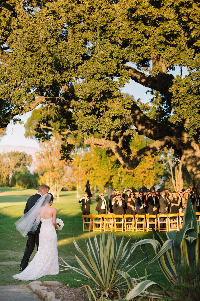 ojai-valley-glam-wedding-gentlemans-decor-inspiration0015