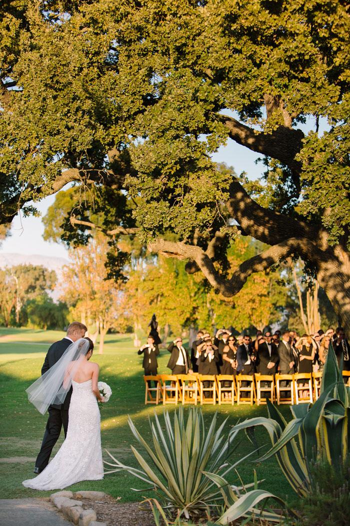 ojai-valley-glam-wedding-gentlemans-decor-inspiration0015