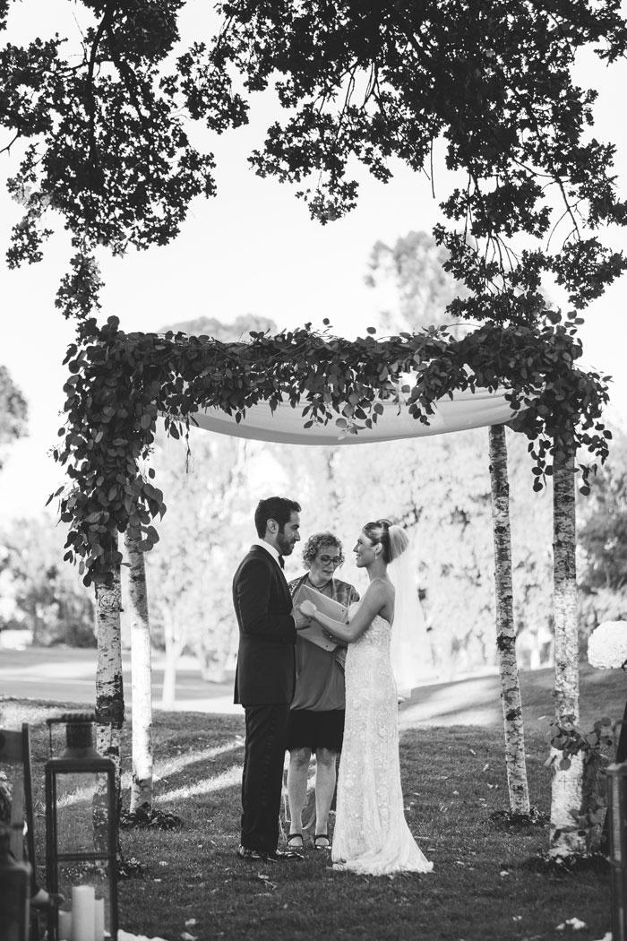 ojai-valley-glam-wedding-gentlemans-decor-inspiration0019