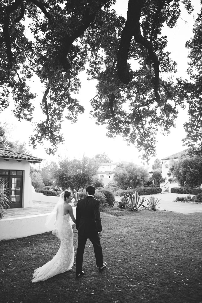 ojai-valley-glam-wedding-gentlemans-decor-inspiration0022