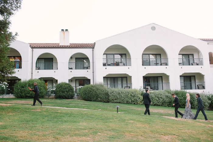 ojai-valley-glam-wedding-gentlemans-decor-inspiration0024