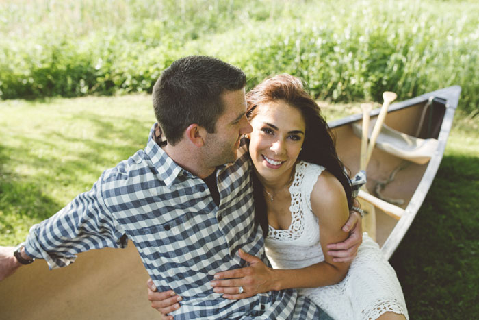 pincnic_lake_engagment_shoot_black_and_white_0009