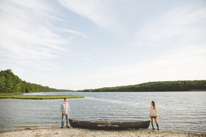 pincnic_lake_engagment_shoot_black_and_white_0025
