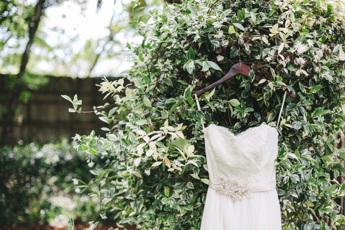 homegrown-berry-summer-wedding-style-decor0001