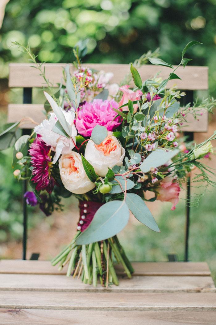 homegrown-berry-summer-wedding-style-decor0002