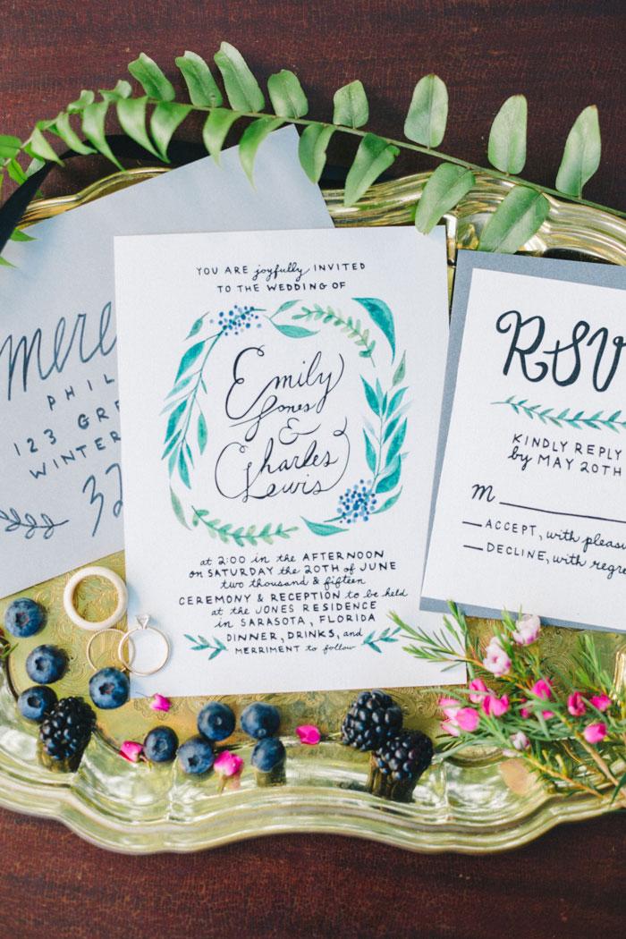 homegrown-berry-summer-wedding-style-decor0004