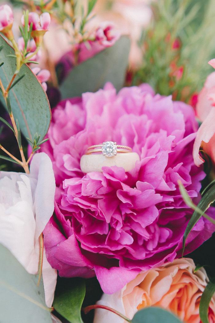 homegrown-berry-summer-wedding-style-decor0006