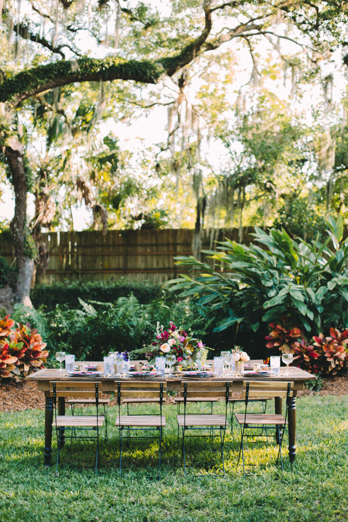 homegrown-berry-summer-wedding-style-decor0007