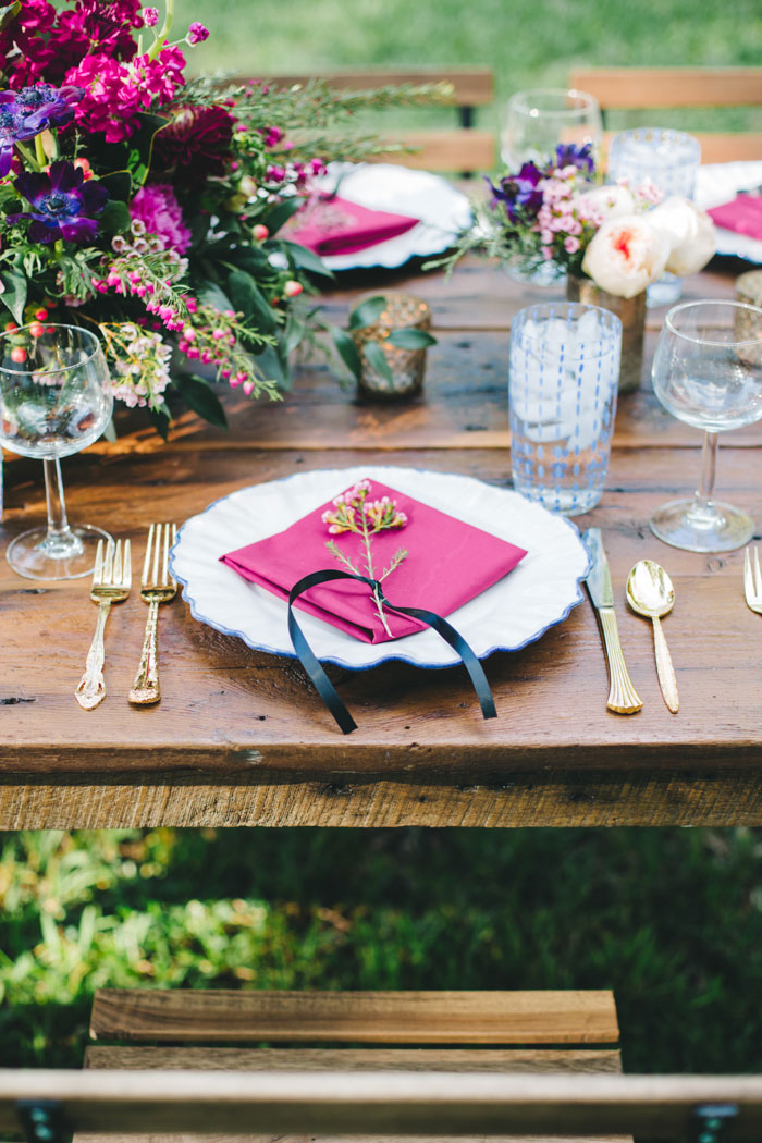 homegrown-berry-summer-wedding-style-decor0008