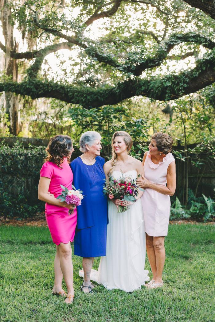 homegrown-berry-summer-wedding-style-decor0018