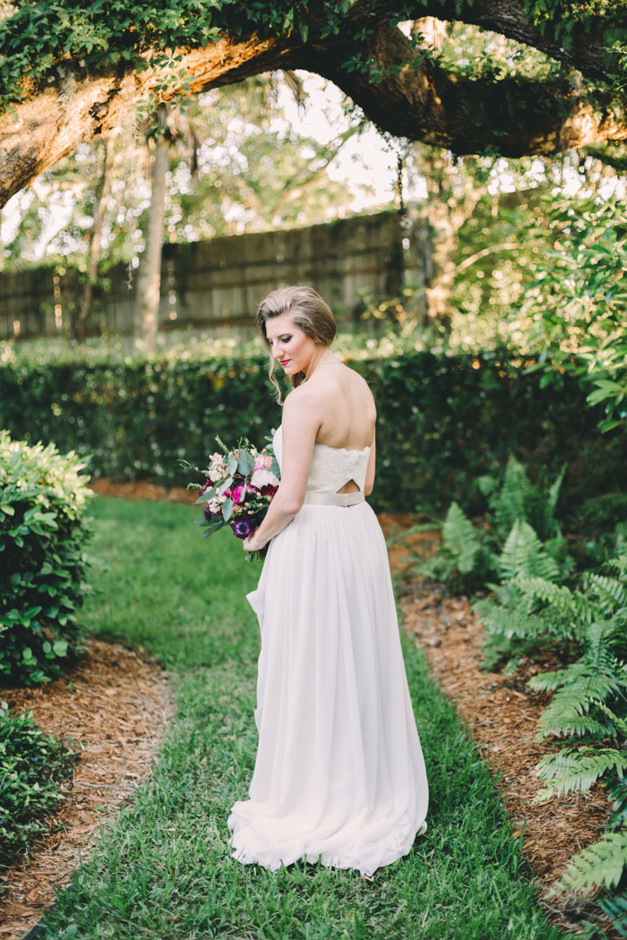 homegrown-berry-summer-wedding-style-decor0023