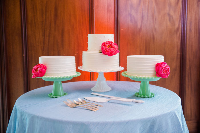 charleston_modern_preppy_wedding_decor_25