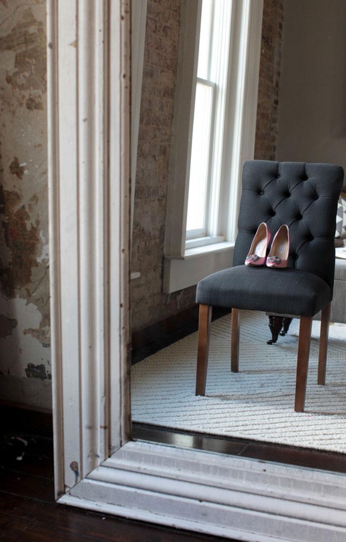 nashville-vintage-mordern-wedding-ideas-decor-pink-manolo-blahnik_0001