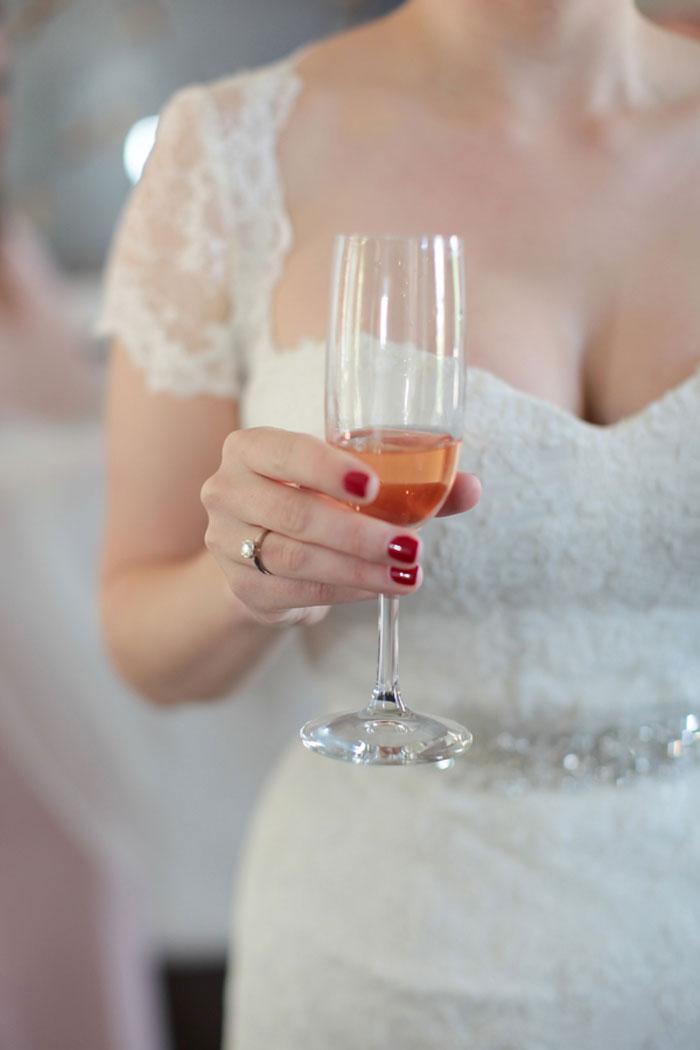 nashville-vintage-mordern-wedding-ideas-decor-pink-manolo-blahnik_0003