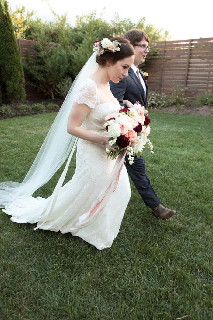 nashville-vintage-mordern-wedding-ideas-decor-pink-manolo-blahnik_0012