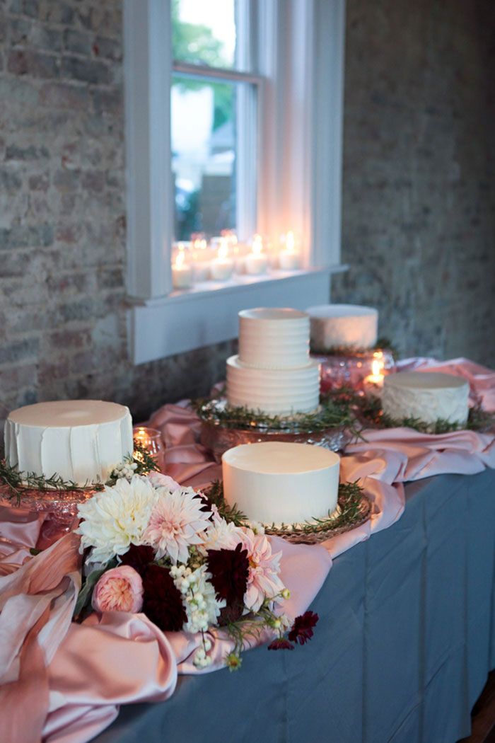 nashville-vintage-mordern-wedding-ideas-decor-pink-manolo-blahnik_0013