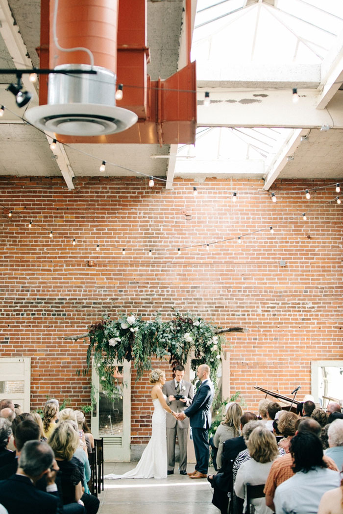 sacramento-industrial-chic-wedding-decor-ideas_19