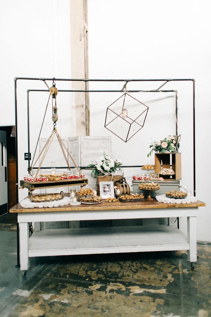 sacramento-industrial-chic-wedding-decor-ideas_20