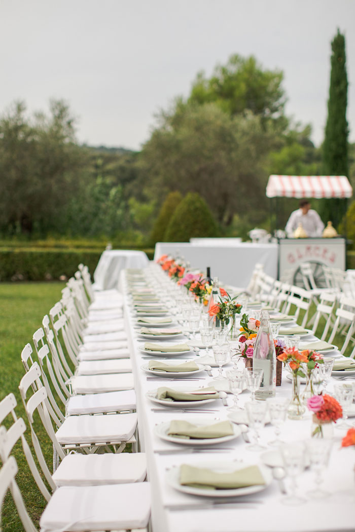 south-of-france-lawn-games-brunch-wedding_00