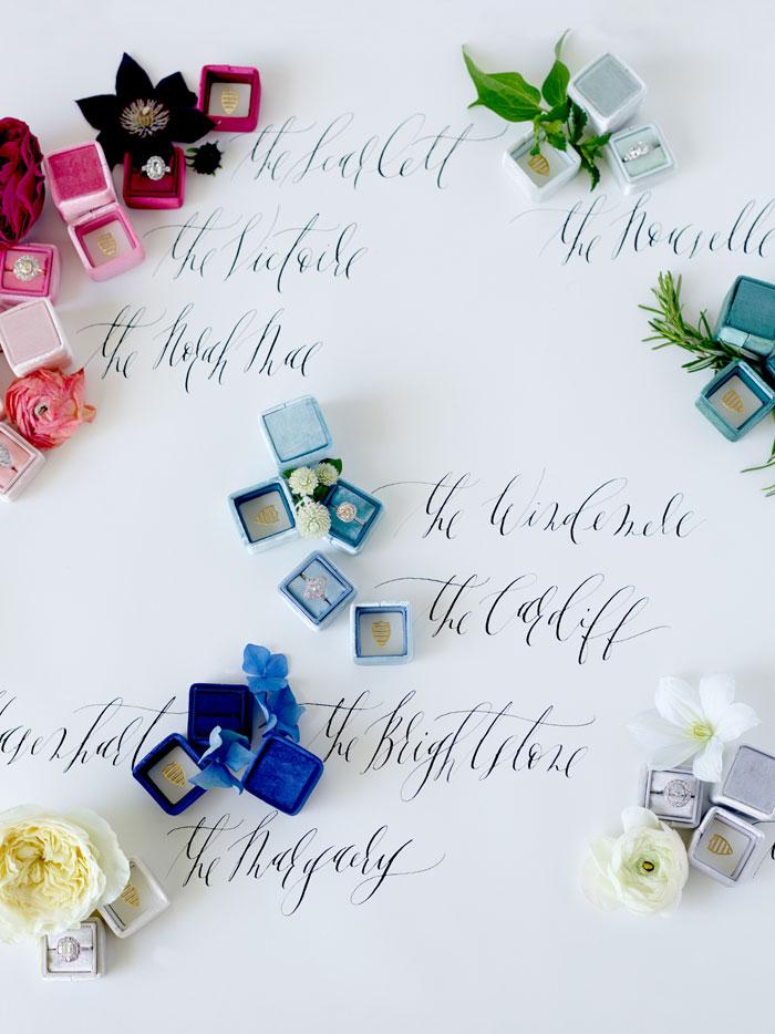 the-mrs-box-color-ring-box-velvet-monogram08